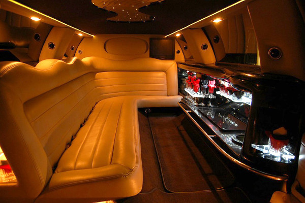 lincoln limo service Durham