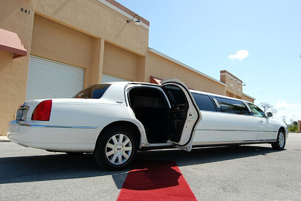 lincoln stretch limo Durham